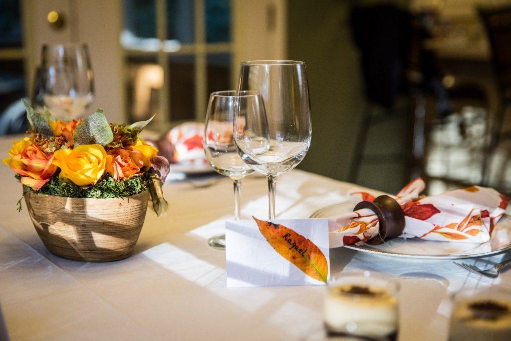 mesa cartoes convidados embossing relevo textura