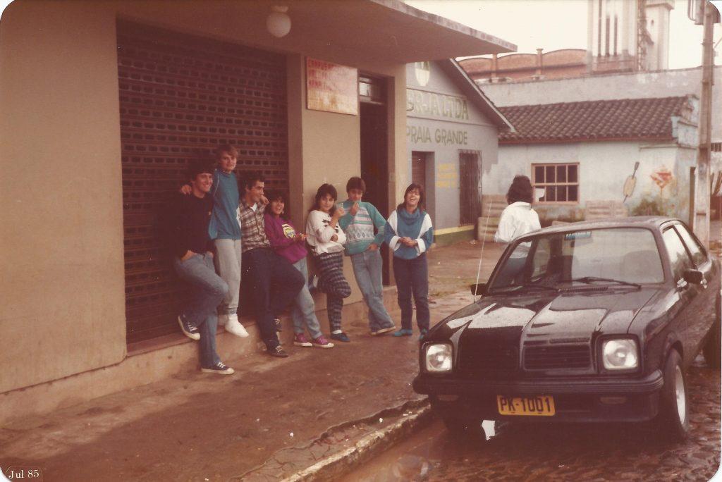 cabelo anos 80 moda giria