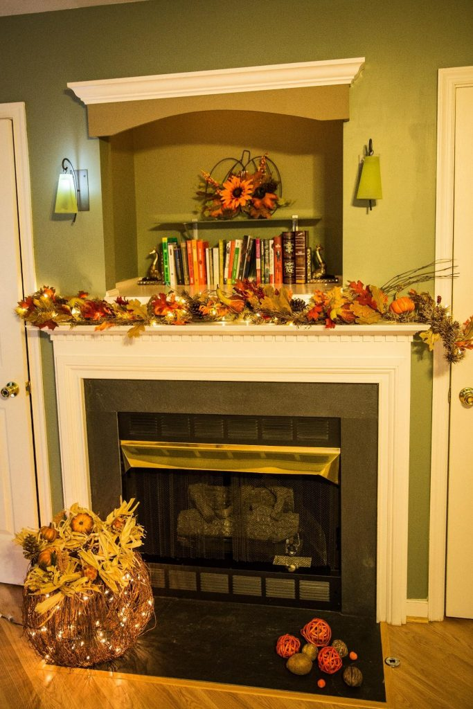 Thanksgiving decoration fireplace lareira