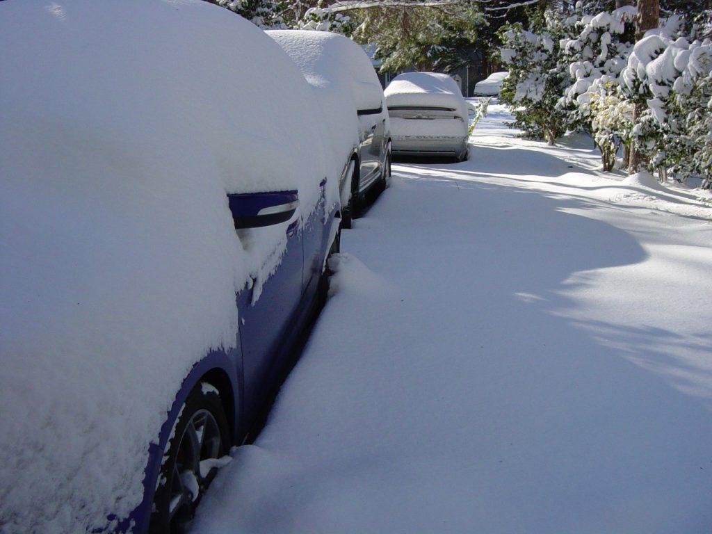 winter snow storm cars inverno tormenta neve carros